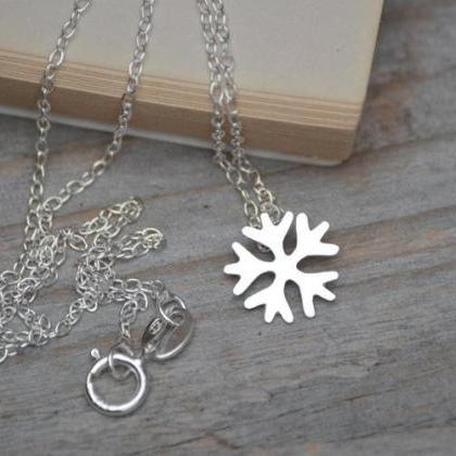 Snowflake Necklace In Sterling Silv..