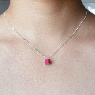 Color Pencil Necklace In Lip Stick,..