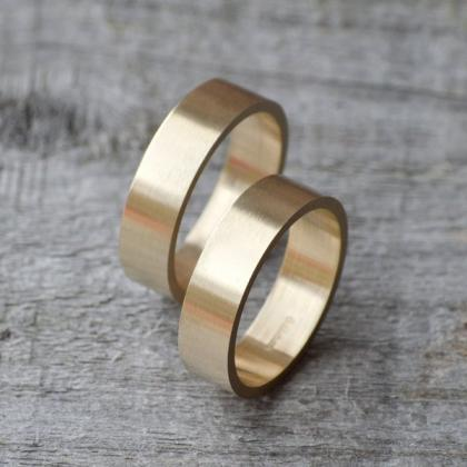 Flat Wedding Ring Wedding Band In 9..