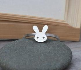 Bunny Rabbit Ring In..