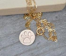 Pawprint Necklace In..